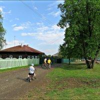 Летом в деревне :: Leonid Rutov