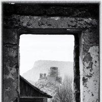 Окно в древность. :: Mihail Mihaylov