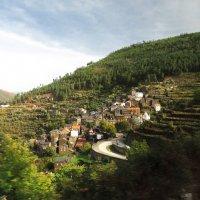 Деревня  в Серра-да-Эштрела. :: ИРЭН@ Комарова