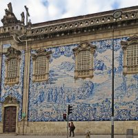 Азулежуш на стене церкви Кармелиташ.  (Dо Carmo) :: ИРЭН@ .