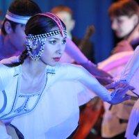 Танец журавлей :: Natalia Petrenko