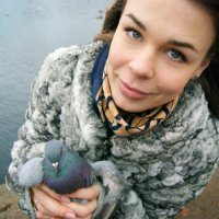 Сестра и голубь :) :: Юлия Фотолюбитель