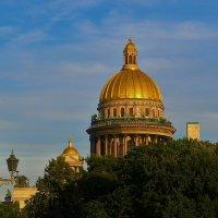 Сияние Исаакия... :: Sergey Gordoff