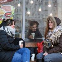 Кофе втроем... :: Александр Гурьянов