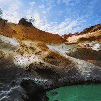 Взгляд из пещеры...центральный Вьетнам! :: Александр Вивчарик