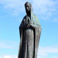 Santa Maria del Monte :: Nina Streapan