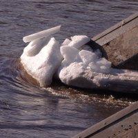 ледорубы рубят лед.... :: Михаил Жуковский