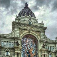 Дворец Земледельцев (бронзовое дерево) :: Вера