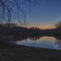 Вечер на озере :: Оля Володина (Бурмистрова)