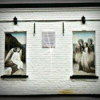 Во дворике храма :: Надежда