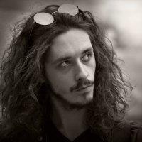 Фото молодого человека. :: Юрий Гординский
