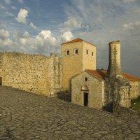 Развалины мечети и провославной церкви :: Gennadiy Karasev
