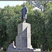 Памятник В.И. Ленину :: Вера
