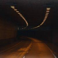 Всегда есть свет в конце туннеля... :: Tatiana Markova