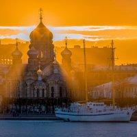 Успенская церковь, или в лучах солнца. :: Фёдор. Лашков