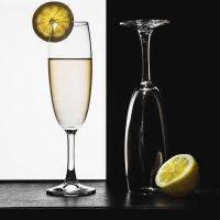 Бокалы и лимон :: Анна Шелест