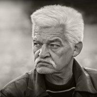 Мужской портрет :: Юрий Гординский