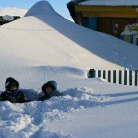 Ох и снежная была зимушка-зима ... :: Евгений Юрков