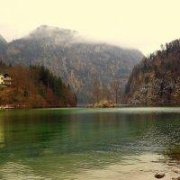 У Альпийского озера.. :: Эдвард Фогель