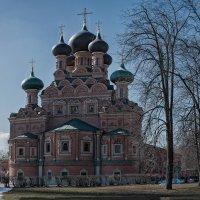 Храм Троицы Живоначальной в Останкине :: Борис Гольдберг