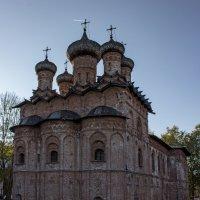 Церковь Троицы с трапезной. :: Ольга Лиманская