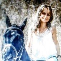 девушка на коне :: Иван