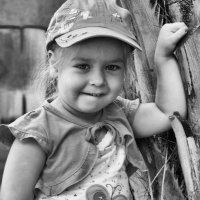 Наша дочка - егоза ... :: Евгений Юрков