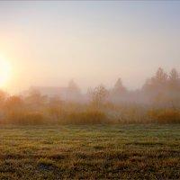 Осеннее утро в деревне... :: Александр Никитинский
