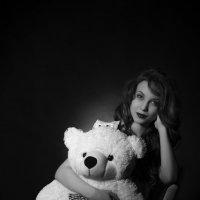 С мишкой :: Женя Рыжов