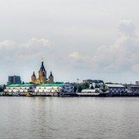 Волга. Н.Новгород. :: Владимир Безбородов