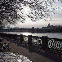 река и город :: Олег Лукьянов