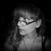 Что то там в ночи тревожит душу... :: Людмила Богданова (Скачко)