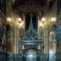 Сень, устроенная на месте, где Александр II был смертельно ранен народовольцами :: Елена Павлова (Смолова)