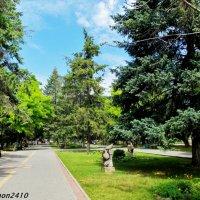 Азов. В городском парке :: Нина Бутко