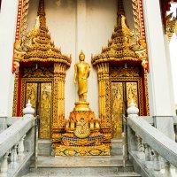 Будистский храм на о.Пхукет :: Екатерина Самохина