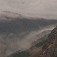 В долине с туманами :: Сергей Герасимов