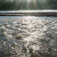 солнце в реке :: Михаил