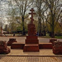 Памятник генералу Радецкому :: Александр Корчемный