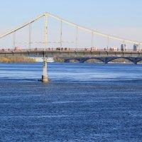 Днепр и мост для пешеходов :: Алексей Гончаров