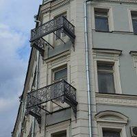 Балконы Рождественки :: Владимир Брагилевский