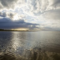 Апрель. Закат на море :: Gennadiy Karasev