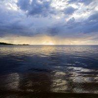 Апрельская погода готовит сюрприз :: Gennadiy Karasev
