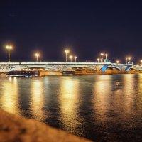 Огни ночного города. :: Владимир Крупочкин