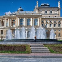 Ожидание у фонтана... :: Вахтанг Хантадзе