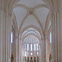 В монастыре Санта-Мария де Алкобаса :: ИРЭН@ .