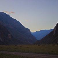 Идёт в долину ночь :: val-isaew2010 Валерий Исаев