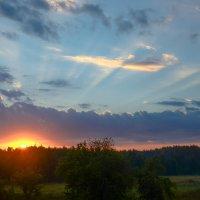 Рассвет на Староселье :: Ксения Соварцева