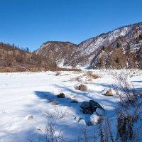 В горах ещё не растаял снег :: Анатолий Иргл