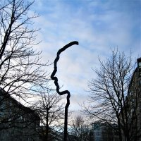 Скульптура-памятник Георгу Эльзеру :: spm62 Baiakhcheva Svetlana