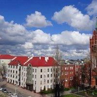 Облака над городом гуляют... :: Маргарита Батырева